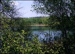 Beaver Lake is situated near a network od hiking and cross-country skiing trails.
